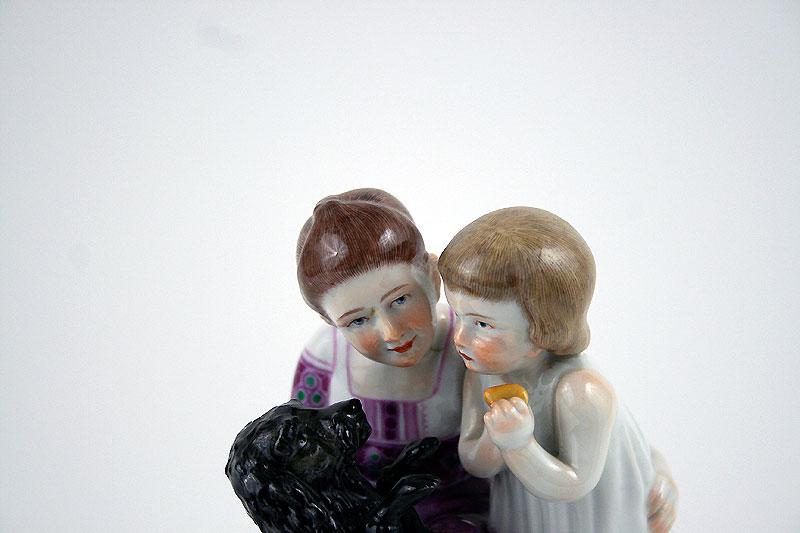 Meissen Porzellan Porzellanfigur Porzellanplastik Kinder mit Hund Max Bochmann