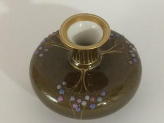 Jugendstil Vase, KPM Berlin, Emaimalerei, Reliefgold, marmorierte Laufglasur