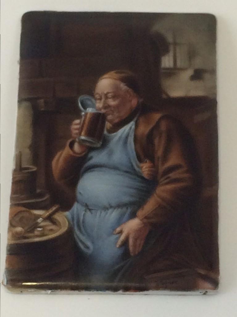 """Porzellanbildplatte """"Mönch beim Biergenuss"""", nach Eduard von Grützner"""