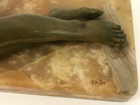 Bronze Richard Fath, Mädchen und Taube, Onyxsockel
