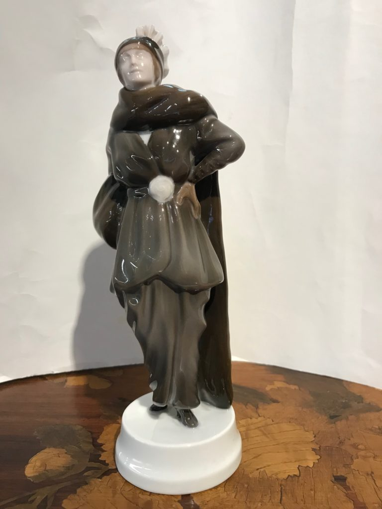 "Seltene Rosenthal Figur"" Modedame"", Entwurf Thekla Harth-Altmann 1914"